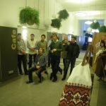 Глядачі вистави у офісному центрі