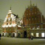 нічна ілюмінацію Будинку Чорноголових