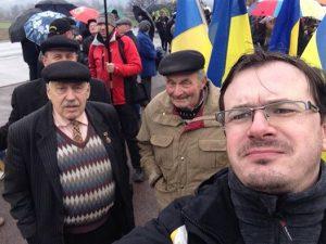 Селфі з Петром Тракслером (ліворуч) та Іваном Мироном (праворуч), Красне Поле, 15.03.2016
